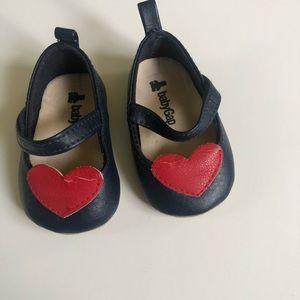 🌹 BABY GAP BLUE WITH RED HEART SHOES  0-3 MOS